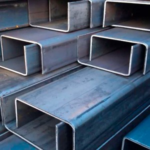 Швеллер стальной гнутый в Красноярске